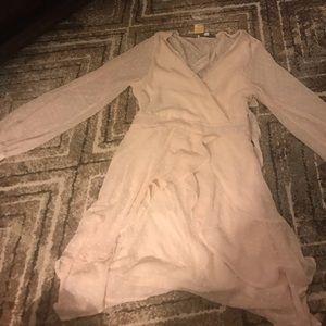 Dresses & Skirts - Nude dress